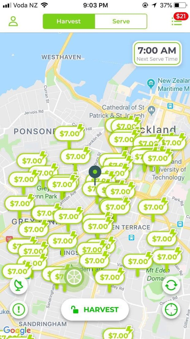 Meet a student who earns $100 per day by charging Lime e